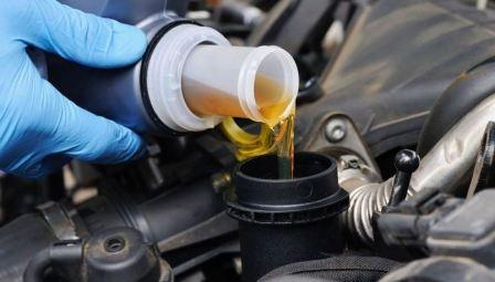 Замена масла ремонта двигателя
